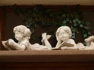 Boy-Girl-Statue